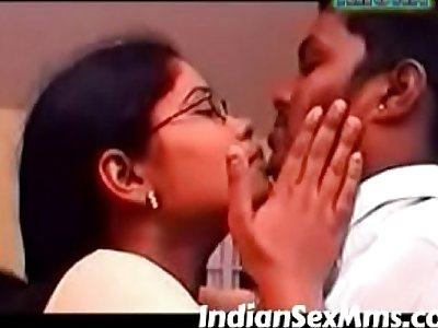 South Indian Aunty Rare Homemade sex video (new)