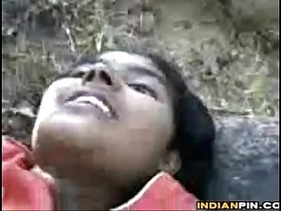 Amateur Indian Couple Having Sex Outside