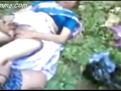 Indian Mallu Aunty Fucking Outdoor On Picnic Hot